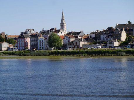 Quai des bords de Loire au Pellerin