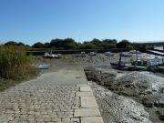 Cale et port de Méan sur le Brivet, à basse mer de vive eau