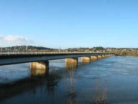 Pont reliant Oudon (44) et Champtoceaux (49) - RD751