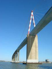 Pont reliant Montoir-de-Bretagne (44) et Saint-Brévin-les-Pins (44) - Route Bleue RD213