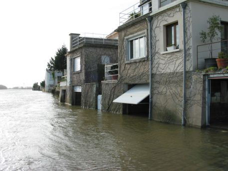 La Loire en crue à Ingrandes
