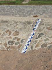 Echelle de lecture de la hauteur d'eau en étiage au port de La Possonnière